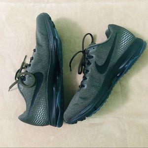 Nike Men's Running Shoe - Size 10.5